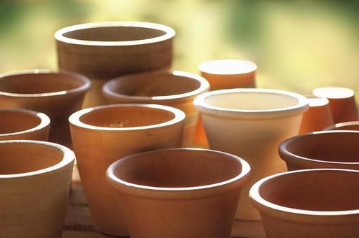 Various flowerpots