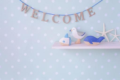 Welcome garland and summer display
