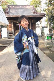 시 치고 산 소년 (5 세)