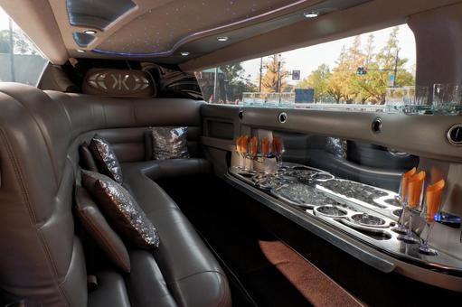 豪華轎車內
