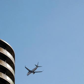 Passenger plane flying low