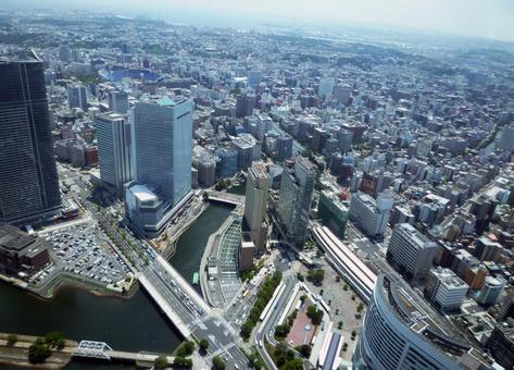 Minatomirai Building