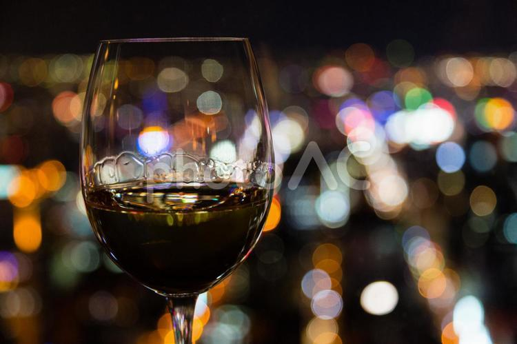 ワインとカクテル光線3の写真