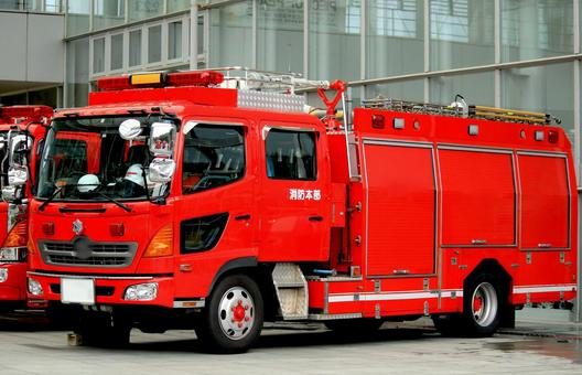 Fire truck (chemical fire truck)