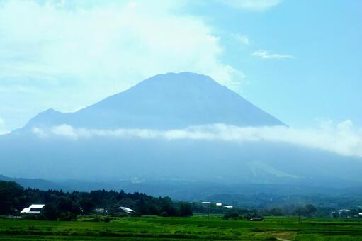 The mountain of Oyama in summer