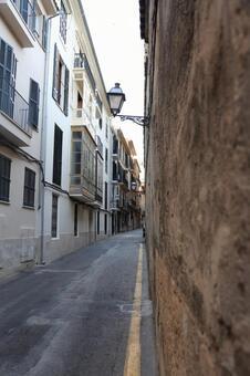 Alley of Majorca 9