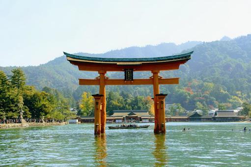 嚴島神社鳥居(前)