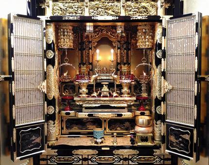 Gold Buddhist altar for Higashi Honganji Temple
