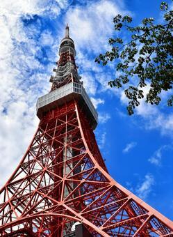 Tokyo Tower, close-up, blue sky