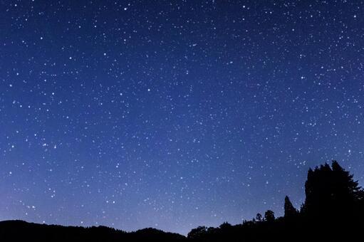 天空充滿了星星