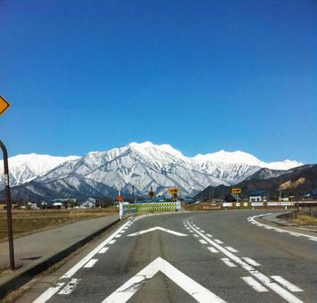 Winter mountains and driveways 0225