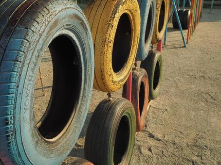 Tire playground equipment