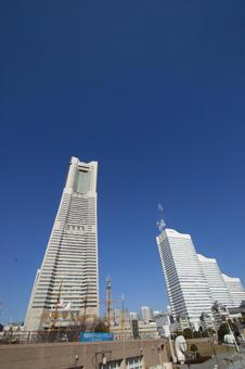 미나토 미라이 랜드 마크 타워