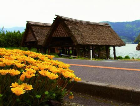 꽃과 배 오두막