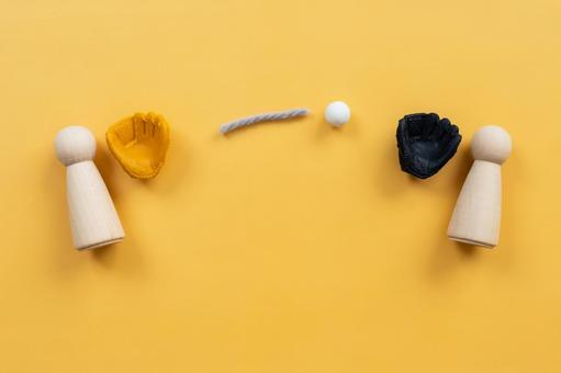 Catch ball, communication   Humanoid objects, baseball gloves and ball toys