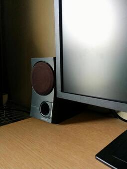 監視器和揚聲器