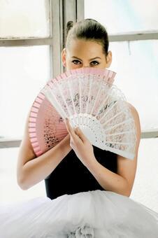 Women with folding fan 5