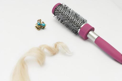Hair and brush 10