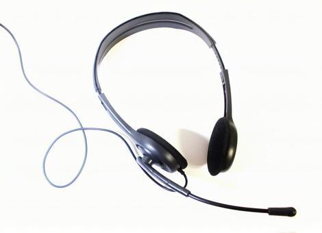 用於在線課程的帶麥克風的耳機(收入)