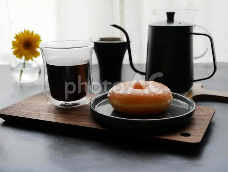 コーヒーとドーナツ カフェタイム おうちカフェの写真
