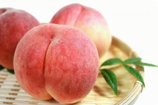 Peach thigh peach