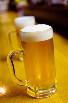 Cold bearded mug draft beer 7