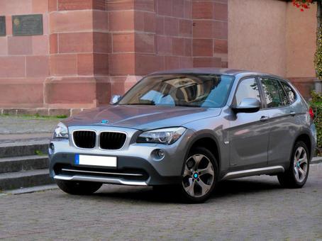 Automatic car SUV BMWX1