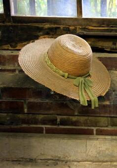 부엌과 밀짚 모자