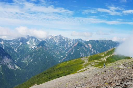 View of the Northern Alps from Mt. Chogatake 1224