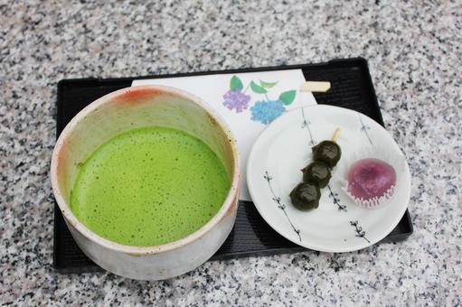 日本糖果和綠茶