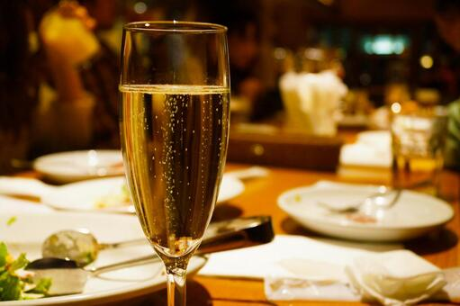 Image of sparkling wine
