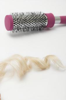 Hair and brush 9