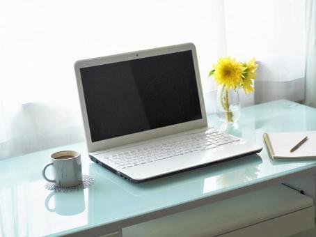 Summer PC desk