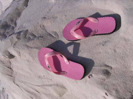 해변 모래 해변 비치 샌들 샌들 핑크 백사장 흰색
