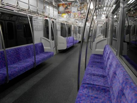 Unmanned train Inside the train (16)