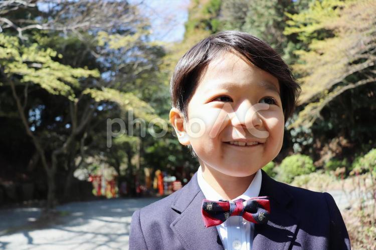 男の子 キメ顔の写真