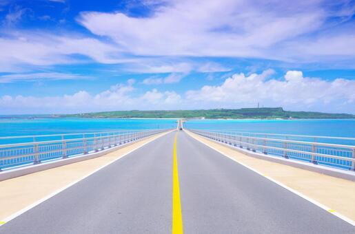 【Okinawa ・ Road】