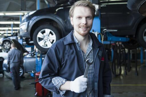 Automobile mechanic with spanner 5