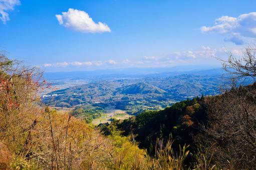 고개에서 내려다 보이는 시골 풍경