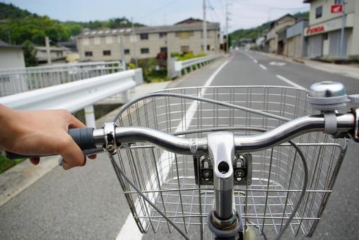 주행중 자전거 핸들