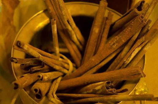 Antique cinnamon