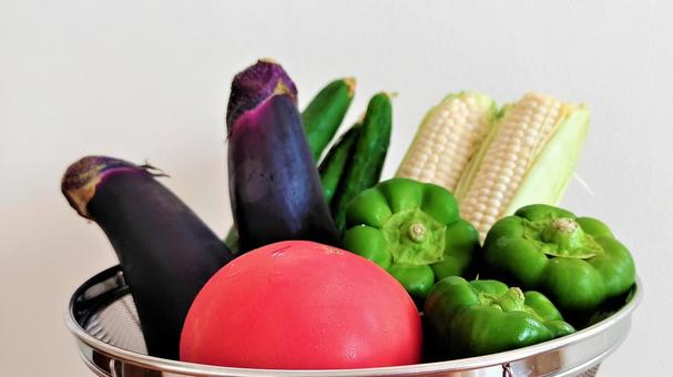 Various colorful summer vegetables 001
