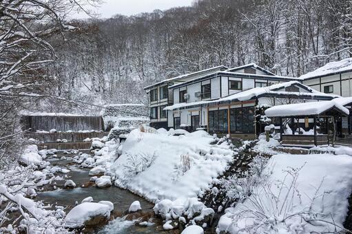 겨울 유두 온천 · 묘하게 노유 (아키타 현 센 보쿠시)