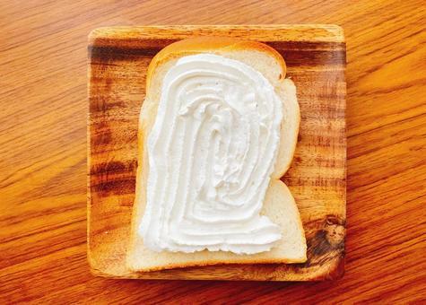 Whipped cream bread