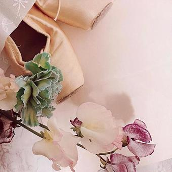 Pointe shoes and flowers