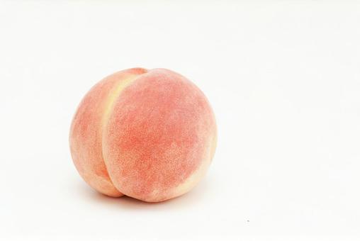 1 white peach