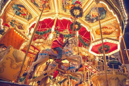 Merry-go-round 5