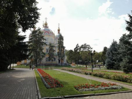 젠코후 정교회 및 정원