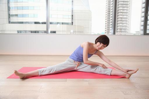 女人有瑜伽4