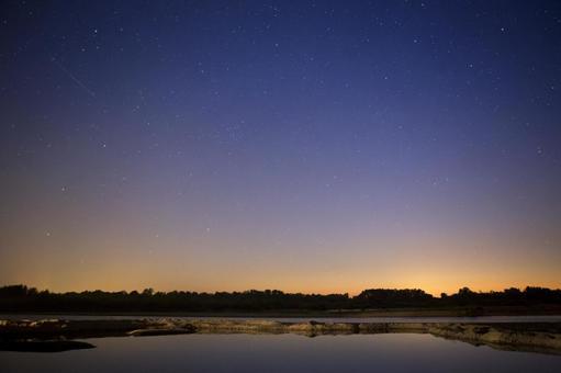 밤하늘의 별빛 4